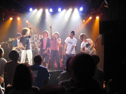 JERRY BEANS+Freakオーナー、二ノ宮、一平、純